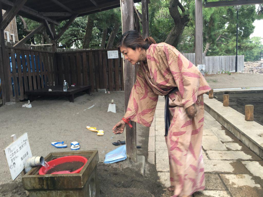 sand bath in beppu